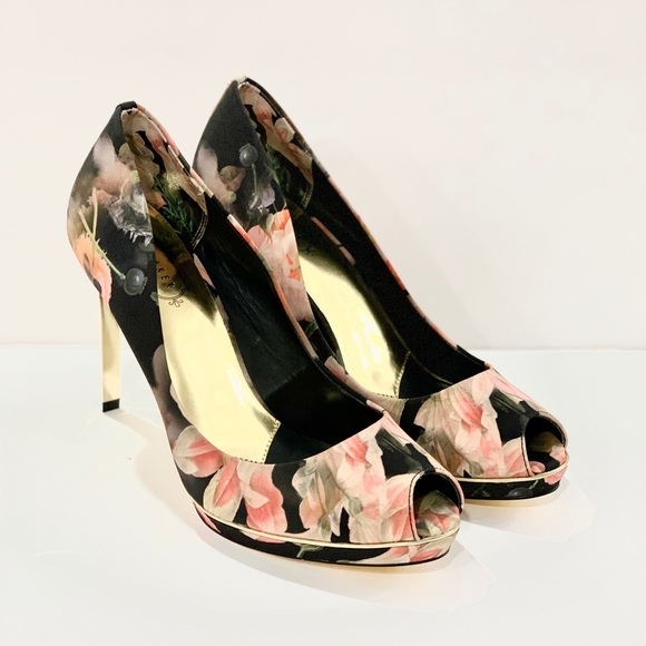Ted Baker London Shoes - Ted Baker 39.5 / 9 floral high heels peep toe gold